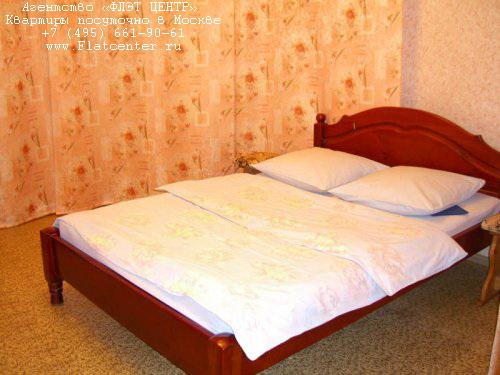 Квартира посуточно на м.Новые Черемушки,ул.Гарибальди 11.