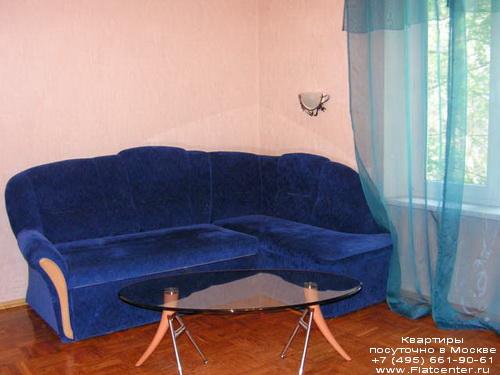 Квартира посуточно на м.Смоленская,Калошин пер. 6\8.