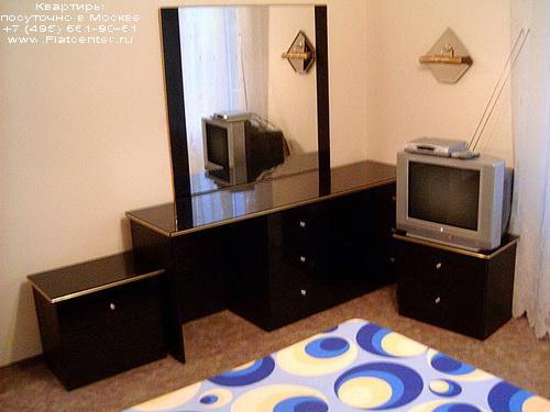 Квартира посуточно на м.Смоленская,Калошин пер. 6\8.Гостиницы в Калошином пер
