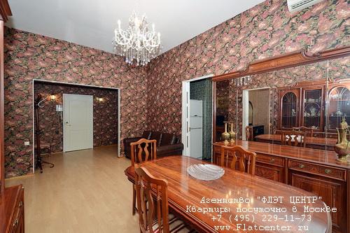 Квартира посуточно на м.Смоленская,Новинский бул. д.1.