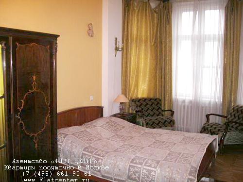 Квартира посуточно на м.Смоленская,Смоленская наб д.5/13.