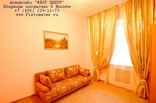 Квартира посуточно на м.Выставочная,ул.Мантулинская д.10.