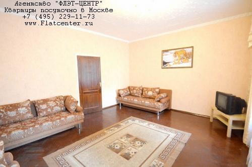 Квартира посуточно на м.Выставочная,ул.Мантулинская д.12.
