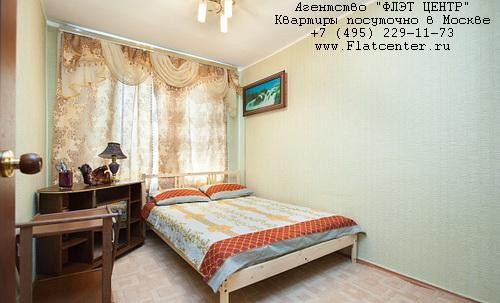Квартира посуточно на м.Выставочная,ул.Подвойского д.26.