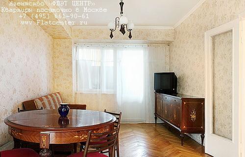 Квартира посуточно на м.Юго-Западная,ул. 26 Бакинских Комиссаров д.12.